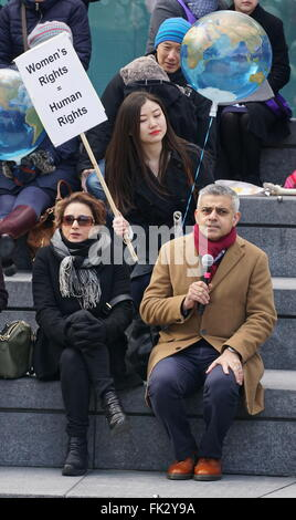 London, UK. 04th Mar, 2016. Sadiq Khan speak to activists, politicians and 21 century suffragettes to 'Walk In Her - Stock Photo