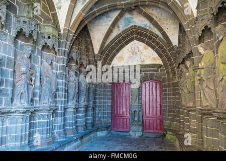 France, Finistere, Le Folgoet, Notre Dame du Folgoet Basilica (14th and 15th centuries) - Stock Photo