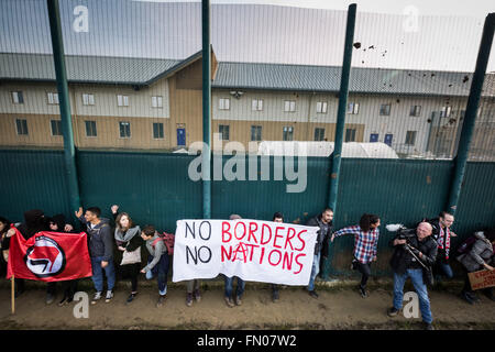 Bedfordshire, UK. 12th March, 2016. Shut Down Yarl's Wood Immigration Removal Detention Centre mass protest Credit: - Stock Photo