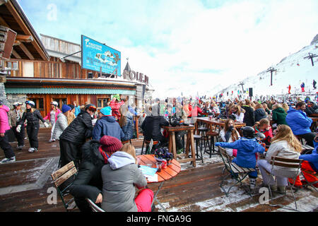 Tignes, France, Ski resort. La Folie Douce club - Stock Photo