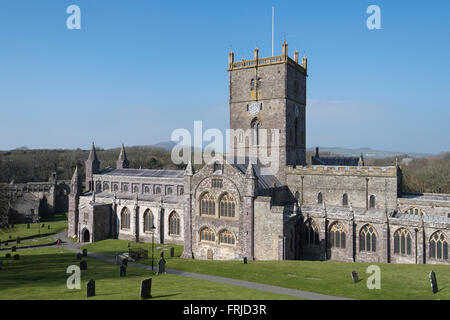 St. David's Cathedral in St. David's, Pembrokeshire, West Wales. - Stock Photo