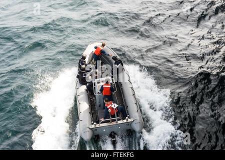 ATLANTIC OCEAN (Jan. 24, 2015) U.S. Navy Sailors, U.S. Coast Guardsman, and members of the Senegal military ride - Stock Photo