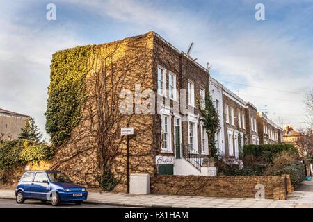 Row of Victorian terraced houses, Southgate Grove, De Beauvoir Town, Hackney South, London, N1 5BT, UK. - Stock Photo