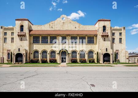 Historic OKC Public Farmer's Market building, circa 1928, near downtown Oklahoma City, Oklahoma. - Stock Photo