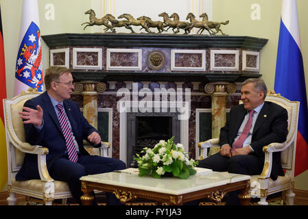 Kazan, Russia. 20th Apr, 2016. Thuringian State Premier Bodo Ramelow (L) meets with the President of the Reublic - Stock Photo