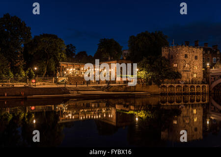 Evening photo of River Ouse in York with Lendal Tower and The star Inn the City restaurant, North Yorkshire, UK. - Stock Photo