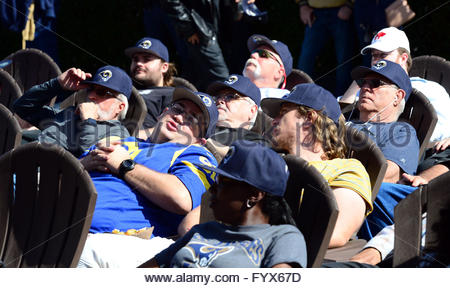 Los Angeles, California, USA. 28th Apr, 2016. Rams fans watch a video board during the Los Angeles Rams Official - Stock Photo