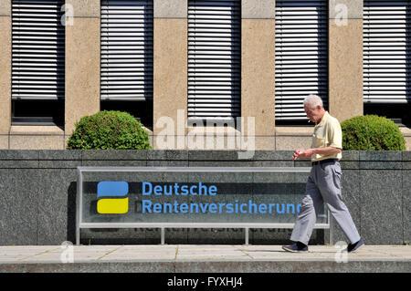 German Pension Insurance, Landesversicherungsanstalt, Knobelsdorffstrasse, Charlottenburg, Charlottenburg-Wilmersdorf, - Stock Photo