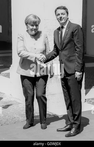 Rome, Italy. 5th May, 2016.  Angela Merkel meets Matteo Renzi at Palazzo Chigi in Rome, Italy. © Davide Fracassi/Alamy - Stock Photo