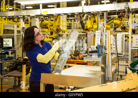 Windsor, Ontario, Canada. 6th May, 2016. Fiat Chrysler Automobiles' Windsor Assembly Plant, where FCA is launching - Stock Photo