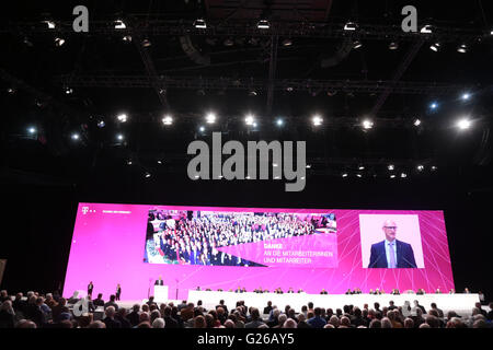 Cologne, Germany. 25th May, 2016. Deutsche Telekom annual shareholders meeting, Cologne, Germany, 25.05.2016: CEO - Stock Photo