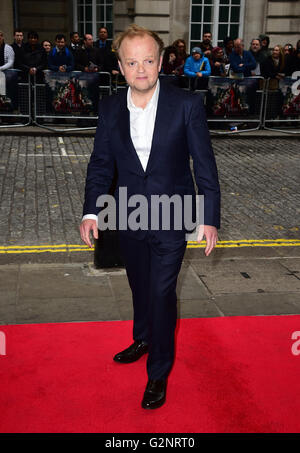Toby Jones attending the UK premiere of 'Tale Of Tales' held at the Curzon Mayfair, London. PRESS ASSOCIATION Photo. - Stock Photo