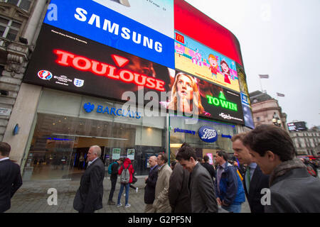 London, UK. 1st June 2016. An electronic board in Piccadilly Circus Trocadero displays a promotion by Carlsberg - Stock Photo