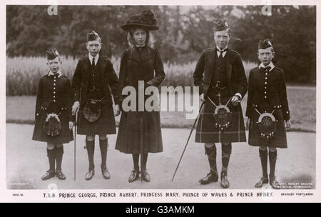 Five of the children of King George V: (from left) Prince George, Prince Albert (later King George VI) Princess - Stock Photo