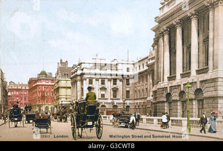 Wellington Street and Somerset House, London.     Date: circa 1902 - Stock Photo