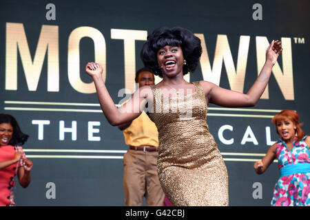 London, UK. 18th June, 2016. The cast of Motown the Musical performing at West End Live in Trafalgar Square, London - Stock Photo