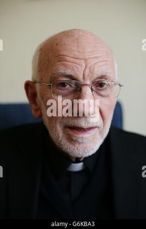 Fr Alec Reid dies - Stock Photo