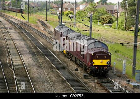 Class 37 diesel locomotives 37685 and 37668  leaving Holgate sidings near York station, UK. - Stock Photo