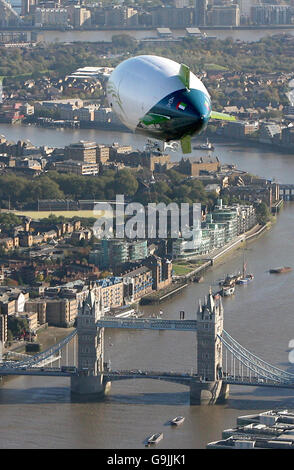 Aviation - The Spirit of Dubai Airship - London - Stock Photo
