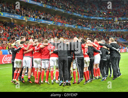 Lille Metropole, France. 01st July, 2016. Players of Wales celebrate after winning the UEFA EURO 2016 quarter final - Stock Photo