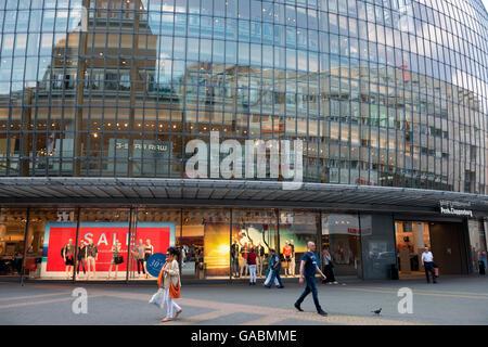 Peek & Cloppenburg department store, Cologne, North Rhine-Westphalia, Germany. - Stock Photo