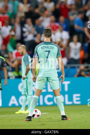 Lyon, France. 6th July, 2016. Cristiano RONALDO, Por 7  freekick ritual PORTUGAL - WALES  2-0 Semifinal ,Football - Stock Photo