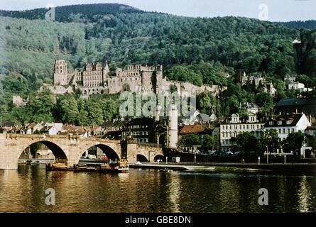 geography / travel, Germany, Heidelberg, old bridge (also Karl-Theodor-Bruecke (bridge), Neckar River, castle, circa - Stock Photo