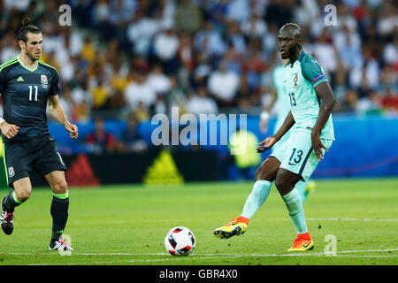 Lyon, France. © D. 6th July, 2016. Danilo (POR) Football/Soccer : UEFA EURO 2016 Semi-finals match between Portugal - Stock Photo