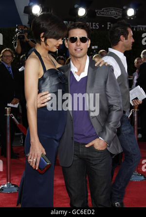 MAVRIXPHOTO.COM Katie Holmes and Tom Cruise at the Los Angeles Premiere of 'Tropic Thunder' held at the Mann Village - Stock Photo