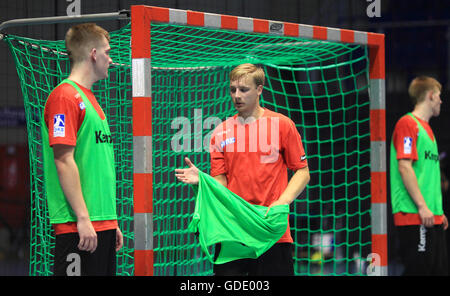 Magdeburg, Germany. 15th July, 2016. Daniel Pettersson (C), new recruit from Sweden for the German Bundesliga handball - Stock Photo