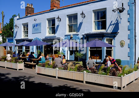 the globe inn pub, wells-next-the-sea, north norfolk, england - Stock Photo