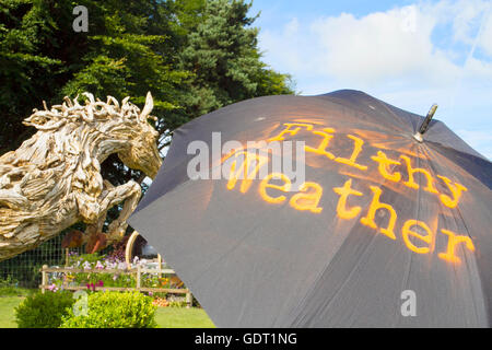 Knutsford, UK. 21st July, 2016. UK Weather: RHS Tatton Park Flower Show Exhibits. 21st July 2016. A beautiful sunny - Stock Photo