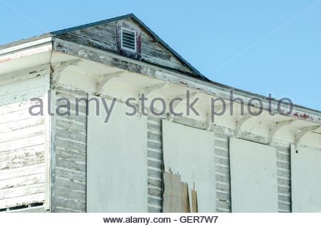 OCHOPEE, FLORIDA - MARCH 1, 2012: Tired old Monroe Station on the Tamiami Trail burned down on April 9, 2016 - Stock Photo