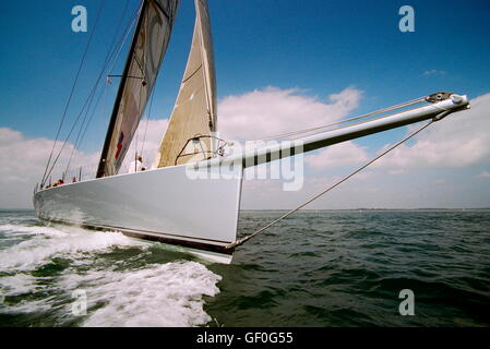AJAX NEWS PHOTOS. 2005. SOLENT, ENGLAND. - 30M THOROUGHBRED RACER - ICAP-MAXIMUS (NZ) DESIGNED BY GREG ELLIOTT AIMS - Stock Photo