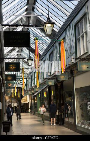 UK, England, Bedfordshire, Bedford, The Arcade, 1904 Edwardian covered shopping street - Stock Photo