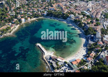 'ANSE (COVE) DE RENECROS' (aerial view). Bandol, Var, Provence, France. - Stock Photo