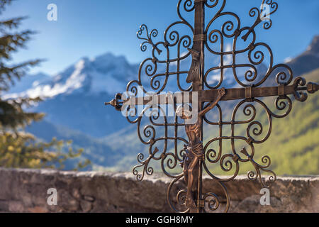 geography / travel, Italy, South Tyrol, old cemetery cross on the cemetery of Rein in Taufers, Reintal, Additional - Stock Photo