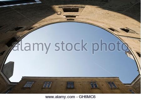 Wien, Altes AKH, Narrenturm, Isidore Canebvale 1784, Innenhof (Weltweit erstes Gebäude zur Unterbringung von Geisteskranken) - Stock Photo