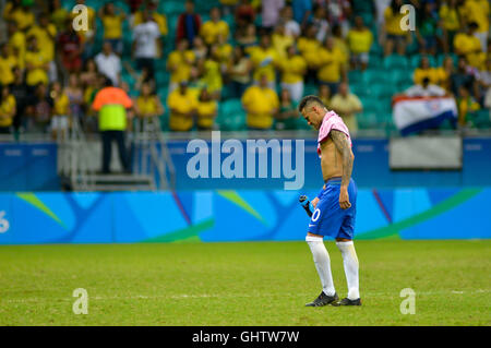 Salvador, Brazil. 10th August, 2016. OLYMPICS 2016 FOOTBALL SALVADOR - Neymar leaves the field after the match between - Stock Photo