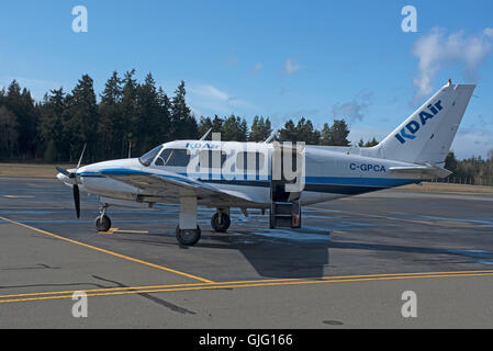 A Piper PA 31 Twin engined light commuter Aircraft based at Qualicum Airport BC Canada. SCO 11,158. - Stock Photo