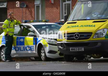 Bristol, UK. 20th August, 2016.  Wells Road Junction of Airport Road Traffic Lights. Police car and Ambulance crash - Stock Photo