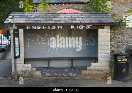 Anti-English graffiti on bus stop at Clyro near Hay-on-Wye Powys Wales UK. Despite the spelling mistake the message - Stock Photo