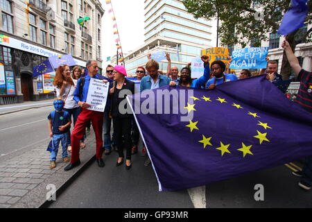 London, UK. 3rd September, 2016.  Thousands of demonstrators march through the street of the capital city of England - Stock Photo
