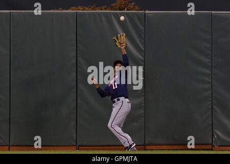 June 22, 2011; San Francisco, CA, USA;  Minnesota Twins left fielder Ben Revere (11) catches a fly ball against - Stock Photo
