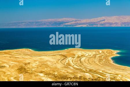 View of Dead Sea coastline in Israel - Stock Photo