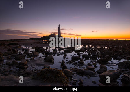 Sunrise at St Mary's Lighthouse, near Whitley Bay in Tyne and Wear England UK - Stock Photo