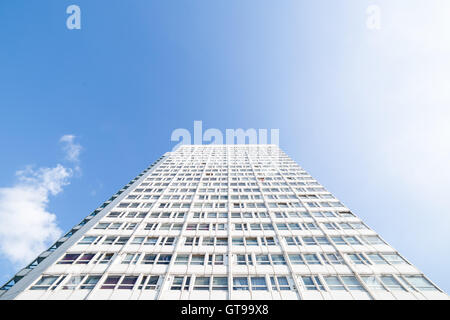 Eddystone Tower high-rise building. A tower block part of the Pepys Estate council housing buildings in south east - Stock Photo