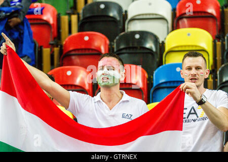 London, UK. 10th. September, 2016.  Hungarian fans with flag. Team GB play Hungary in Eurobasket 2017 qualifiers - Stock Photo