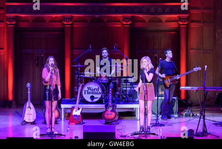 London, UK. 10th September, 2016. Catherine and Lizzy Ward Thomas of Ward Thomas performing at the Under The Apple - Stock Photo