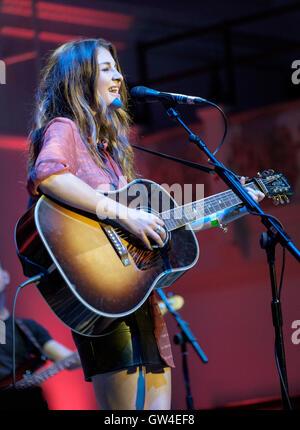 London, UK. 10th September, 2016. Catherine Ward Thomas of Ward Thomas performing at the Under The Apple Tree roots - Stock Photo